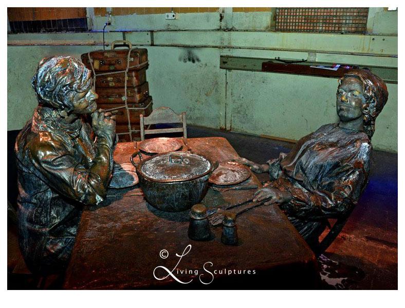 001 Wat Schaft de Pot - Potluck! - Living Statue - Levend Standbeeld 03