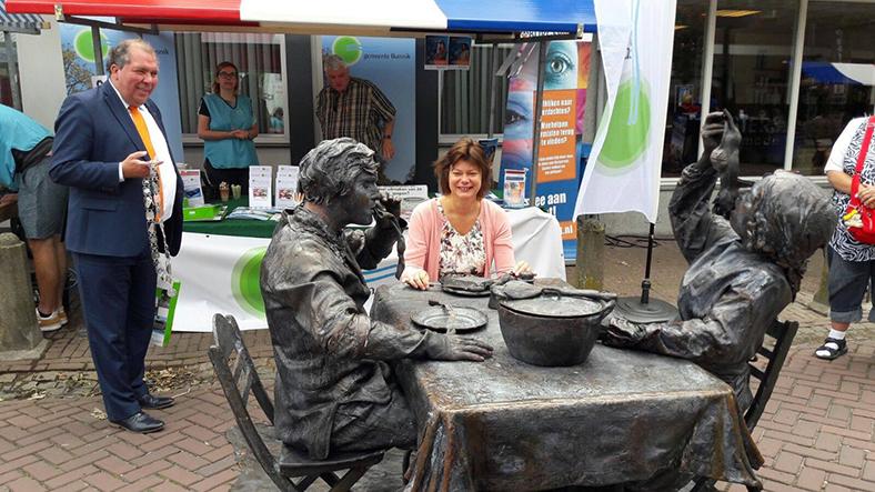 001 Wat Schaft de Pot - Potluck! - Living Statue - Levend Standbeeld 09