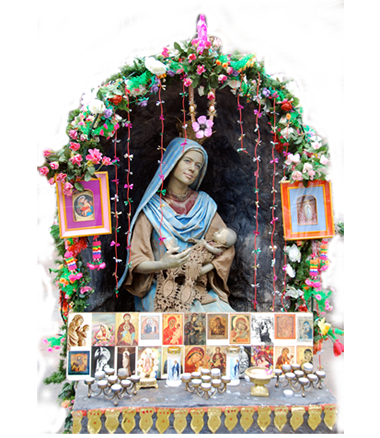 025 Maria met Kind - Virgin Mary with Child - Living Statue - Levend Standbeeld