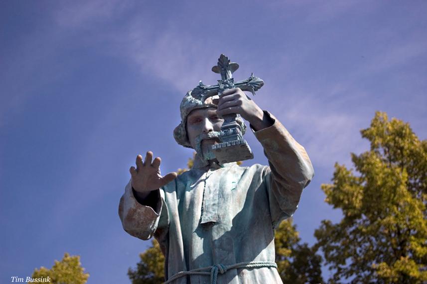 037 De Pater - The Father - Living Statue - Levend Standbeeld 01