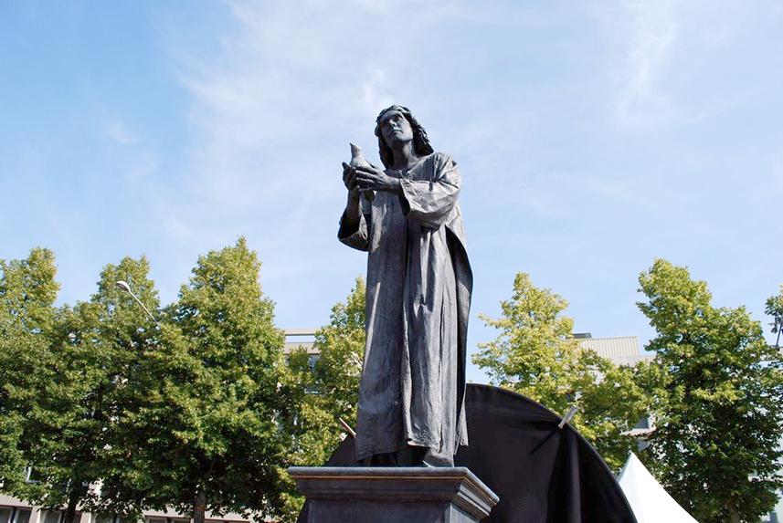 100 Meditatief Beeld - Meditative Statue - Living Statue - Levend Standbeeld 01