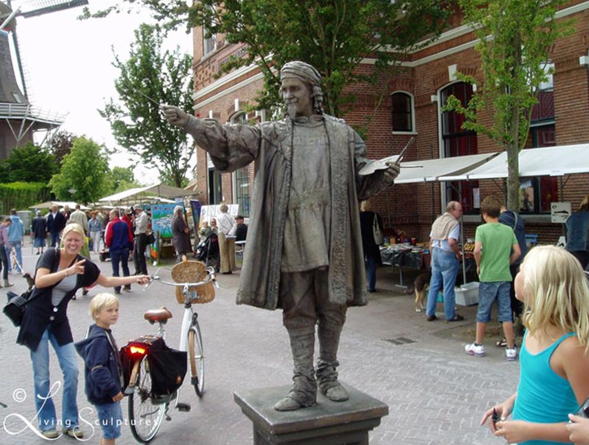 Beeldtheater Living Sculptures 011 Rembrandt 01