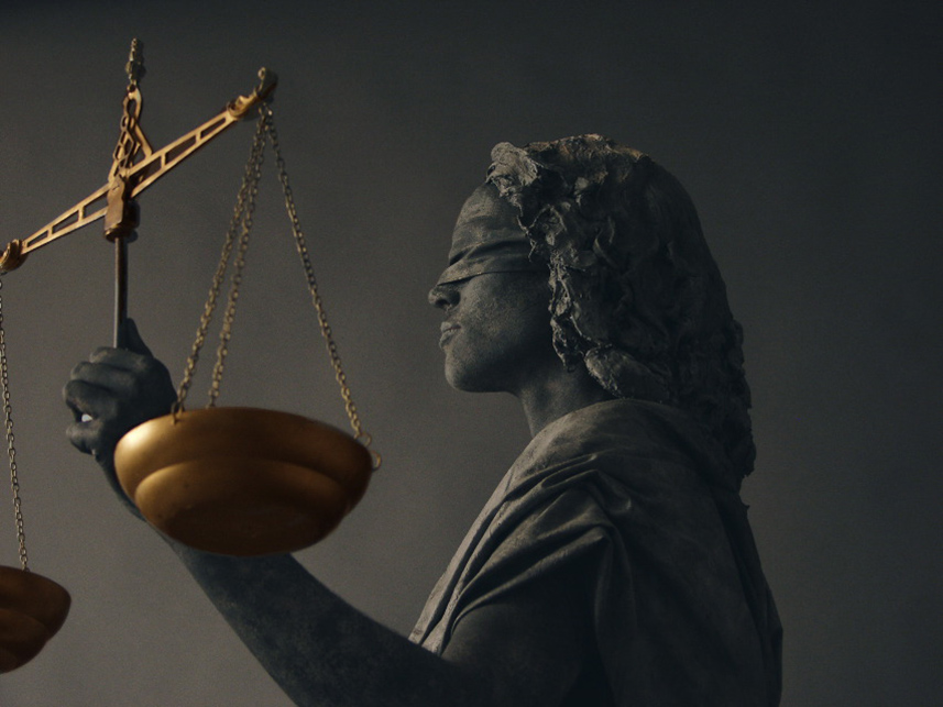 Beeldtheater Living Sculptures 012 Vrouwe Justitia - Lady Justice 01
