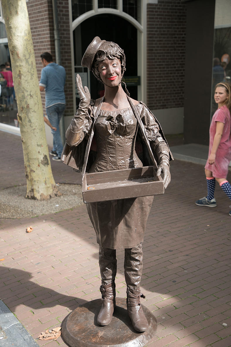 008 Choco Candy - Living Statue - Levend Standbeeld | 020 Animation - Animatie